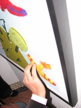 """Esplorazione di una tavola tattile progetto """"A spasso con le dita"""" 22 ottobre 2014"""